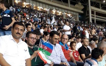 """Qarabağ Forumunda iştirak edən iranlı heyət idman stadionunda """"Qarabağ Ağdam"""" klubunu təşviq edib"""
