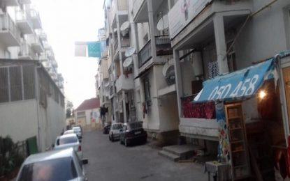Əlil və şəhid ailələrinin binasının ətrafını kim hasarlayıb?