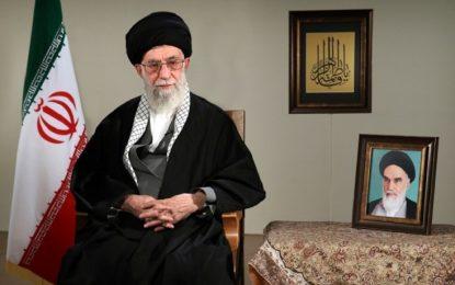 Ayətullah Xamenei İran üçün yeni ilin şüarını dedi: İstehsala rövnəq!