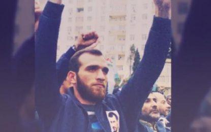 Abbas Hüseynin bacısı: Ayağı şişib, qızdırma verir, müalicəyə qoymurlar