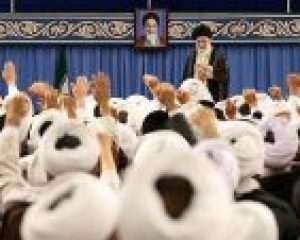 Bütün İran üzrə imamcümələr İnqilab Rəhbəri ilə görüşüblər