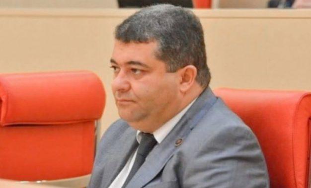 Gürcüstan parlamentinin azərbaycanlı deputatı hakim partiyadan ayrılmayacağını açıqlayıb