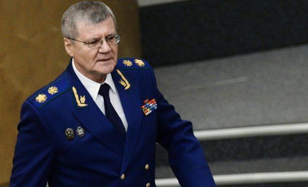 Putin baş prokuroru istefaya göndərib