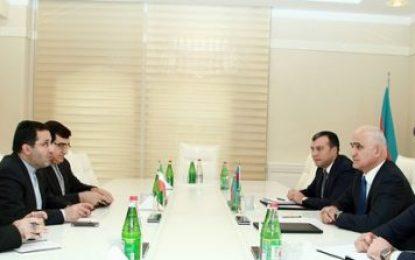 دیدار سفیر ایران با وزیر اقتصاد جمهوری آذربایجان در باکو