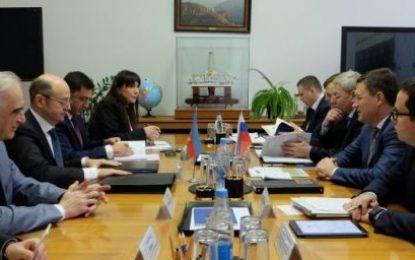 دیدار وزرای انرژی جمهوری آذربایجان و روسیه در مسکو