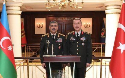 دیدار رئیس ستاد کل ارتش ترکیه با وزیر دفاع آذربایجان