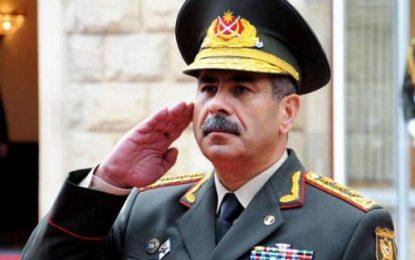 وزیر دفاع جمهوری آذربایجان، ارمنستان را به مقابله نظامی تهدید کرد