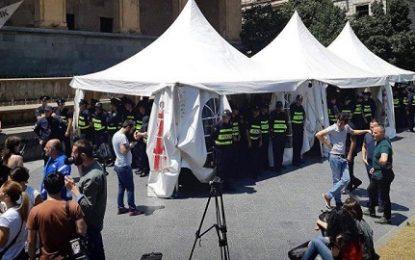 اعتراضات در گرجستان ادامه دارد؛ پلیس تفلیس ۱۹ تظاهر کننده را بازداشت کرد