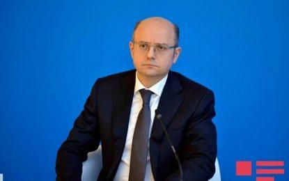 حضور وزیر انرژی جمهوری آذربایجان در اجلاس کشورهای اوپک و غیراوپک در وین