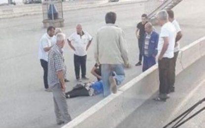"""پایگاه خبری""""ویرتوالاذ"""" از بکارگیری زنان مسن در شغل رفته گری در خیابان های باکو انتقاد کرد"""