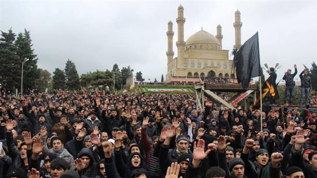 مساجد جمهوری آذربایجان در ماه محرم حال و هوای حسینی به خود گرفته است.
