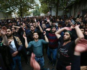 مراسم سوگواری امام حسین (ع) در جمهوری آذربایجان/فیلم