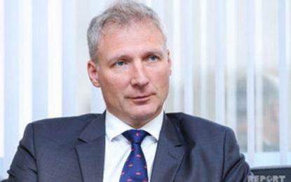 مسئول دفتر نمایندگی اتحادیه اروپا در باکو : جمهوری آذربایجان نقش مهمی در تامین امنیت انرژی اروپا دارد