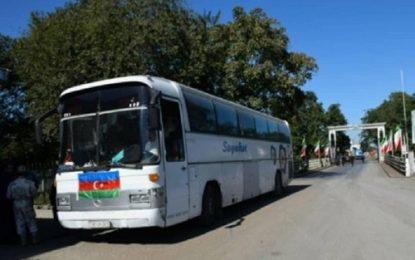 با رفع نقص اتوبوس؛زائران جمهوری آذربایجان از قزوین راهی کربلا شدند