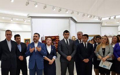 اهدای جوایز هنرمندان برتر سومین جشنواره بینالمللی نقاشی نوروزی ایران در نخجوان