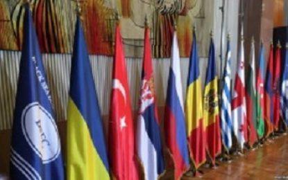 نماینده وزارت خارجه ارمنستان به باکو سفر می کند