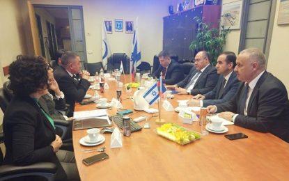 رییس گمرک جمهوری آذربایجان بر همکاری با رژیم صهیونیستی تاکید کرد