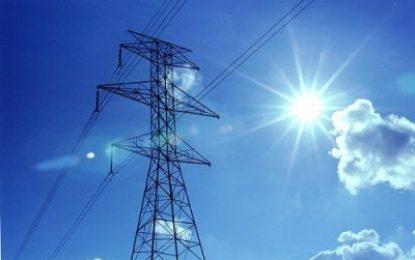 ایران یکی از سه شریک عمده جمهوری آذربایجان در مبادله برق
