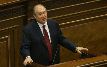 رییس جمهوری ارمنستان: حل مناقشه قرهباغ تنها از طریق مسالمت آمیز امکانپذیر است