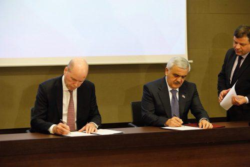 قرارداد جدید نفتی باکو و بی پی درباره ذخایر نفت خزر