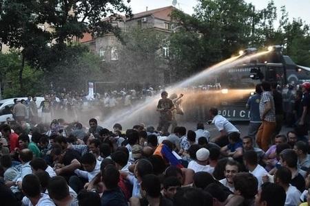 کارشناسان سیاسی جمهوری آذربایجان: باکو از اختلاف مقامات قره باغ و ارمنستان به نفع خود بهره برداری کند