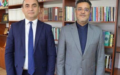 دیدار رایزن فرهنگی ایران در باکو با رییس دانشکده الهیات جمهوری آذربایجان