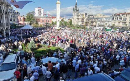 راهپیمایی شماری از شهروندان گرجستان برای برقراری روابط عادی با روسیه