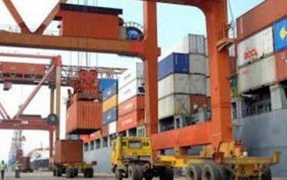 افزایش ۲٫۴ برابری حجم صادرات جمهوری آذربایجان به ایران