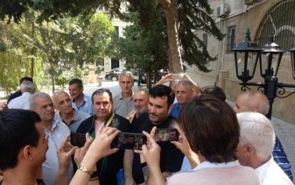 آزادی یک فعال سیاسی جمهوری آذربایجان از زندان / عکس