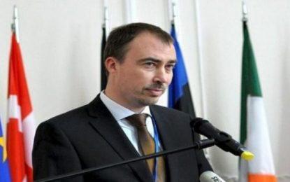 درخواست اتحادیه اروپا از باکو و ایروان برای حل و فصل مسالمت آمیز مناقشه قره باغ