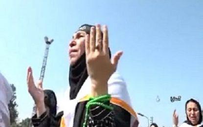 ورود زائران خارجی از پایانه مرزی آستارا برای شرکت در اربعین حسینی / فیلم