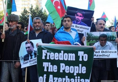 تجمع اعتراضی در باکو و بازداشت دهها فعال سیاسی