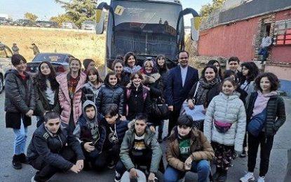 اعزام فارسیآموزان مدارس گرجستان به ایران