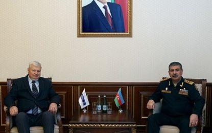 دیدار وزیر دفاع جمهوری آذربایجان با نماینده ویژه رئیس سازمان امنیت و همکاری اروپا در امور مناقشه قره باغ