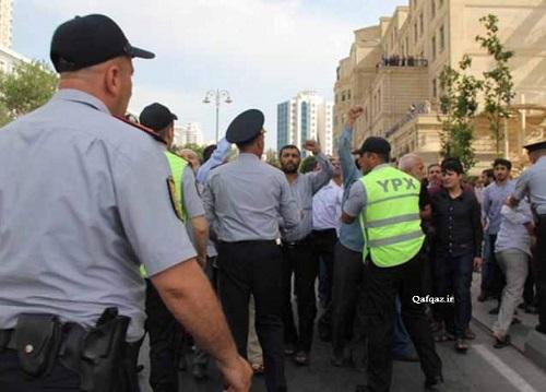 برگزاری تجمع روز جهانی قدس در باکو و برخورد خشونت آمیز پلیس با تظاهرکنندگان