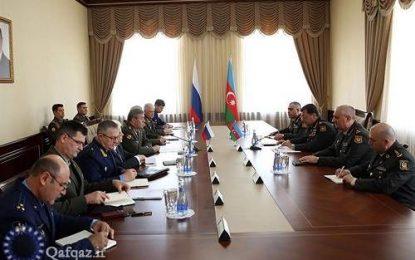 دیدار وزرای دفاع جمهوری آذربایجان و روسیه