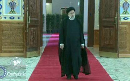 Rəisi: İran qonşu və region ölkələri ilə əlaqələrinə böyük önəm verir