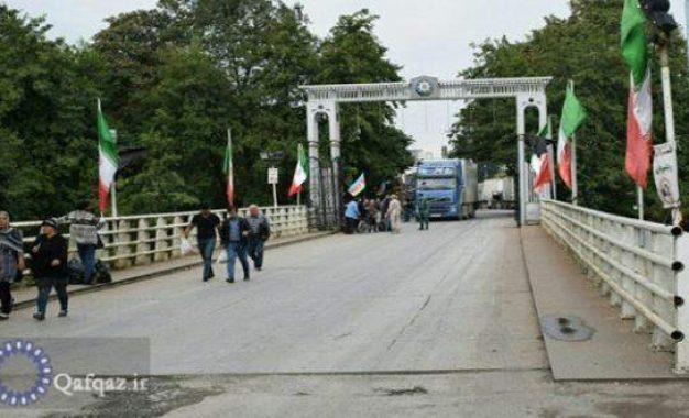 İran Azərbaycanla quru sərhədlərini açır