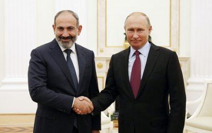 استاد دانشگاه مسکو: پاشینیان بدون اعطای امتیازات در مورد قرهباغ، با روسیه درگیر خواهد شد