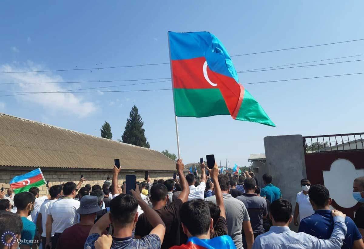 برگزاری مراسم وداع با شهید رشاد محموداف در شهر بیله سوار جمهوری آذربایجان/تصاویر