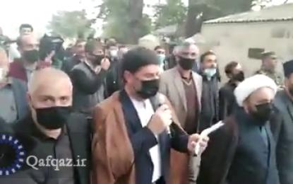 تشییع یکی دیگر از شهدای جبهه قره باغ در شهر لنکران با نوحه خوانی حماسی / فیلم