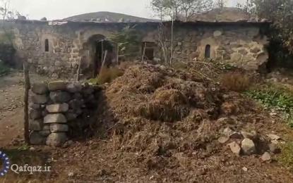 تخریب مساجد و اماکن مذهبی در مناطق اشغالی قره باغ/ فیلم