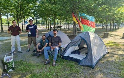 درخواست آزادی زندانیان سیاسی در جمهوری آذربایجان از سوی پناهندگان سیاسی این کشور در آلمان / تصاویر