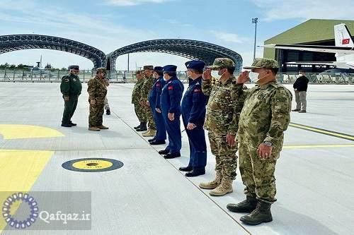 سفر وزیر دفاع جمهوری آذربایجان به ترکیه